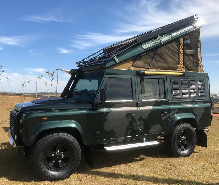Globe Customs Land Rover Defender